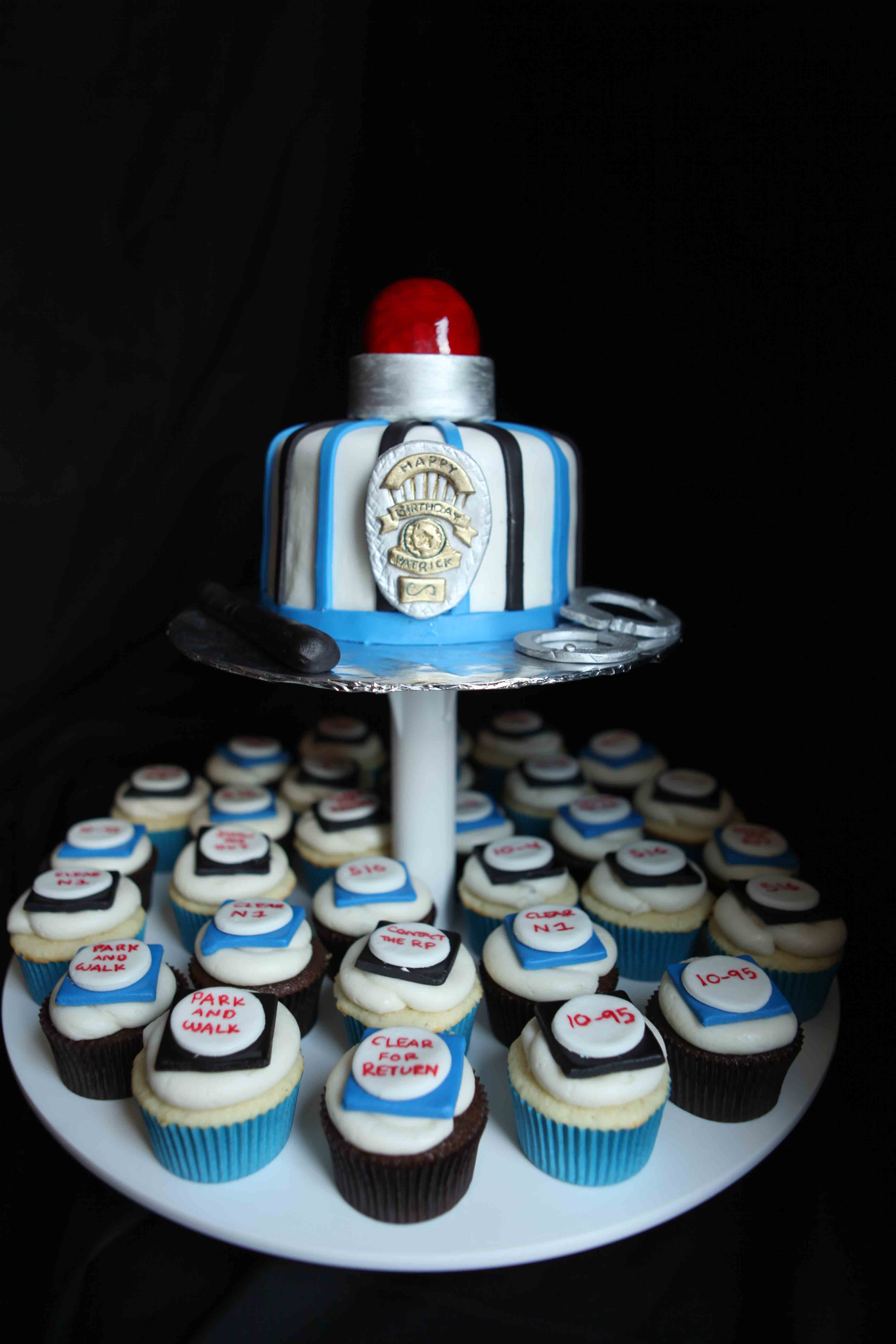 Fantastic Police Birthday Cake For Cake Sake Blog Funny Birthday Cards Online Alyptdamsfinfo