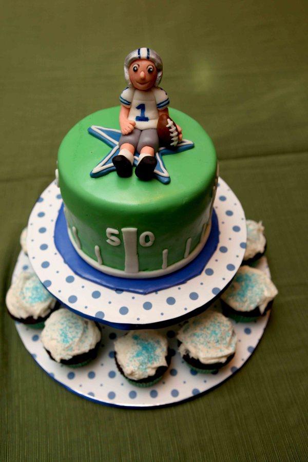 Dallas Cowboy S Character Cake For Cake Sake Blog