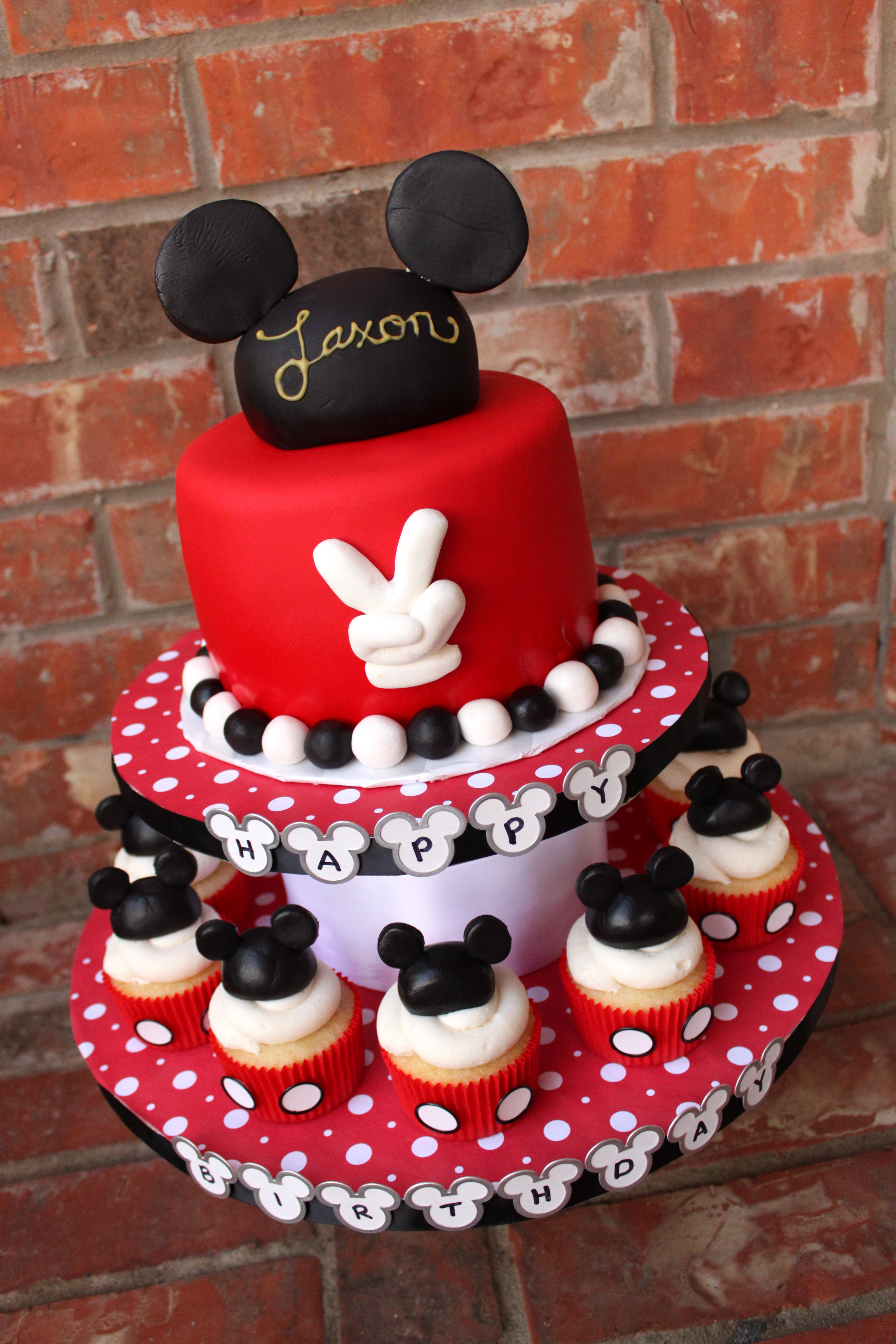 Mickey Mouse Cake and Cupcakes for cake sake blog