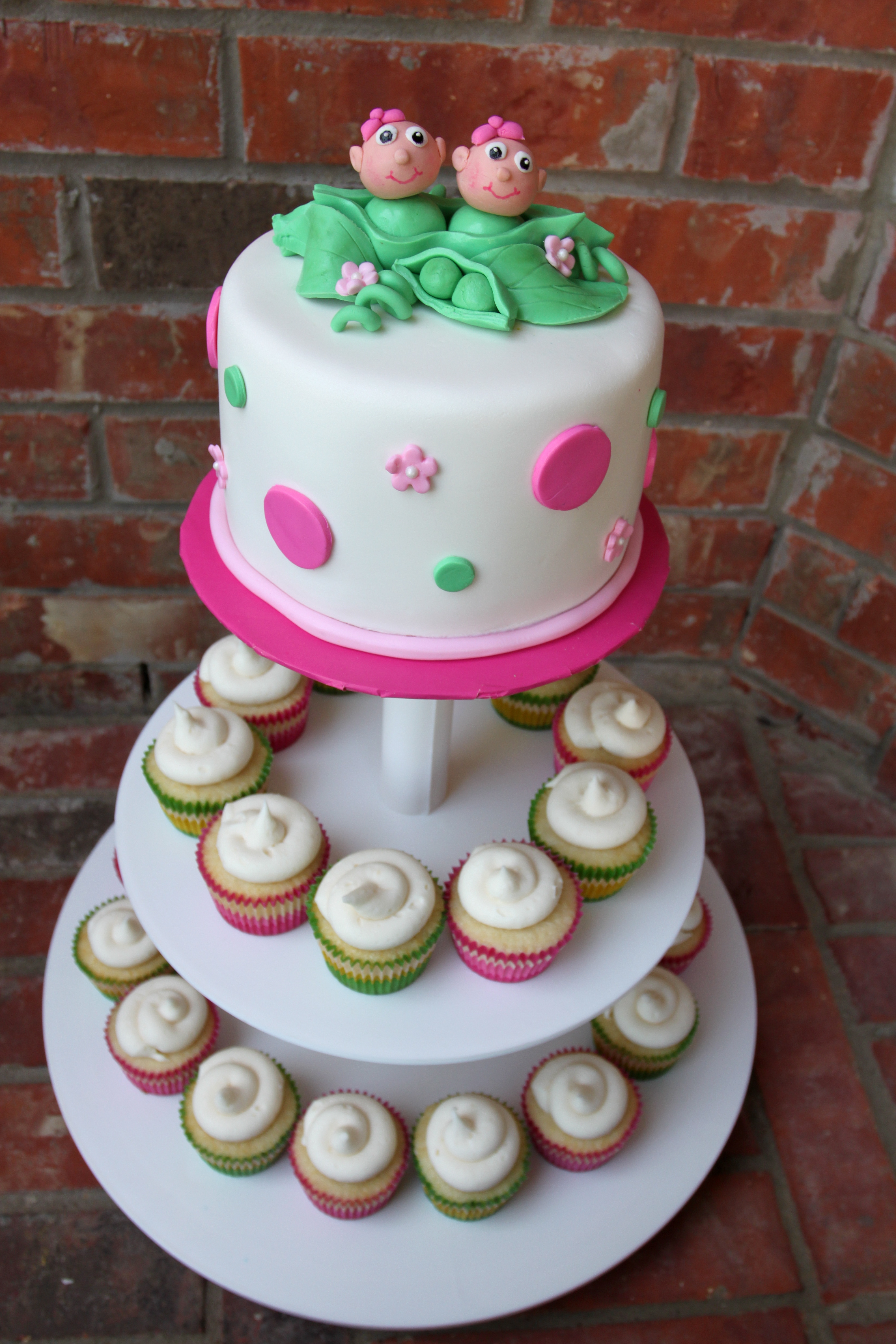 Two Peas in a Pod Twin Baby Shower Cake